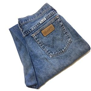 Vintage Wrangler Naturally Worn In Mom Jeans Booty